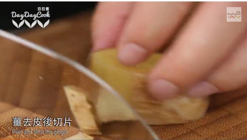 日日煮 2015:冬菇栗子炆五花腩 668