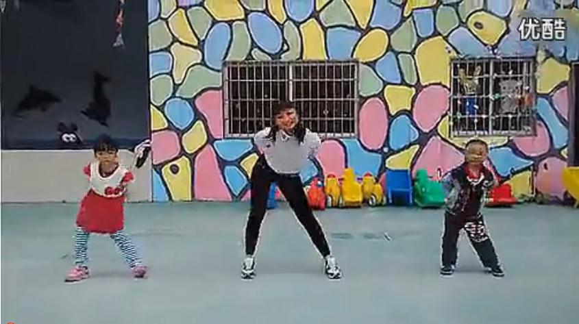 幼儿广场舞曲小鸡小鸡 幼儿舞蹈教学视频_高清_标清