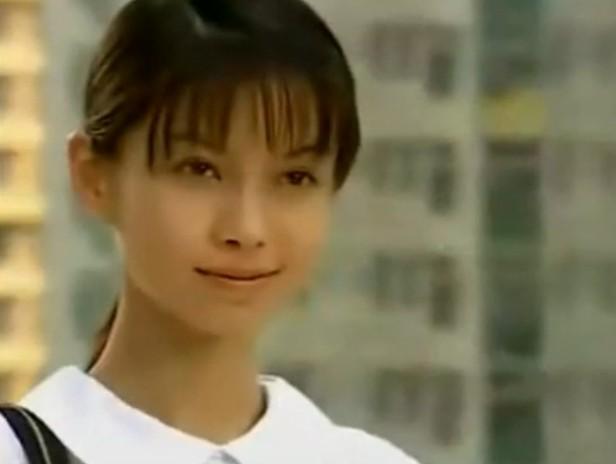 angelababy整容了吗?看她16岁主演的电影就知道!