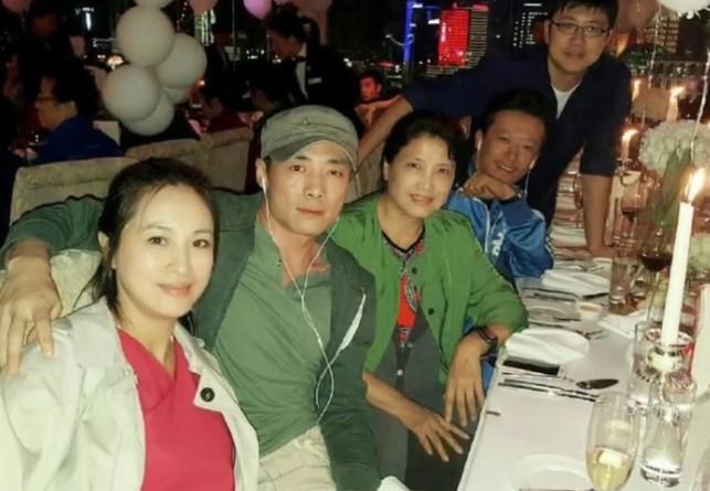 黄晓明Baby办单身派对 婚前各自与好友相聚