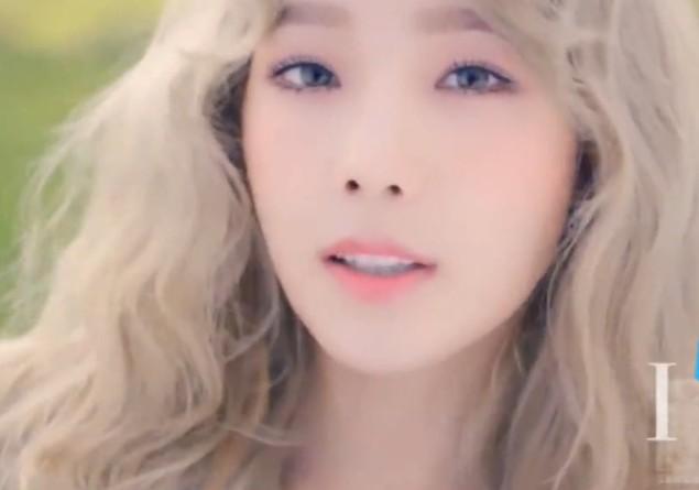 泰妍Solo横扫8大榜 率少时与iKon无限云集MAMA