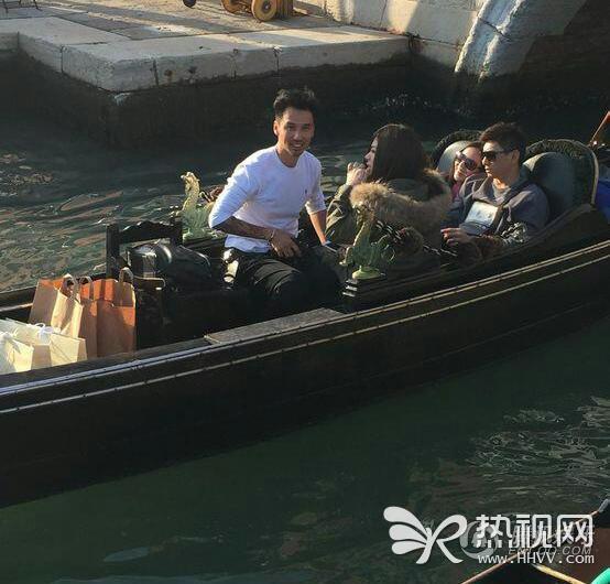 吴奇隆与刘诗诗同游意大利 挽臂逛街大秀恩爱
