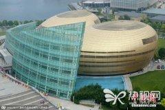 郑州金蛋被评为最丑建筑 那是你没见过更丑的